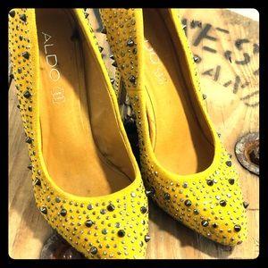 Yellow suede embellished heel